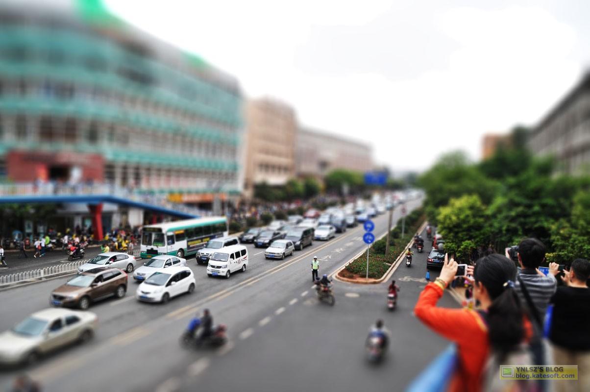 云南昆明小升初考试照片-云大附中 一二一大街
